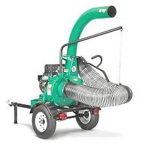 Aspirador a motor sobre remolque con ruedas