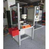 Máquinas para procesar remaches tipo pin-ball