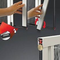 Mosquiteras puerta plisada lateral