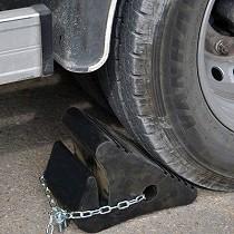 Calzos de caucho con cadena antirrobo