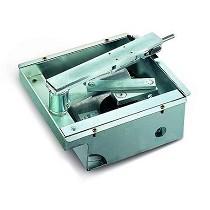 Accionadores electromecánico para puertas batientes