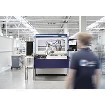 Pinzas robotizadas instaladas en máquinas depaneladoras