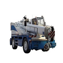 Self-propelled crane
