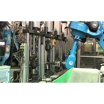 Instalación robotizada para máquinas de montaje