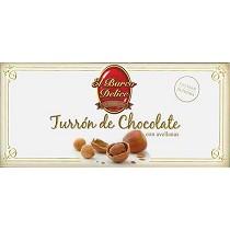 Turrones de chocolate con avellanas