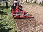 Enterradora de pedres o preparadora de terrenys dairon durant meeting distribuïdors Ilaga vid1