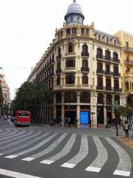 Regus instala su segundo centro de negocios de valencia en for Edificio oficinas valencia