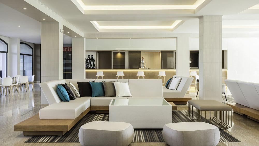 Apuesta por iluminaci n led en hoteles construcci n for Sala de estar iluminacion