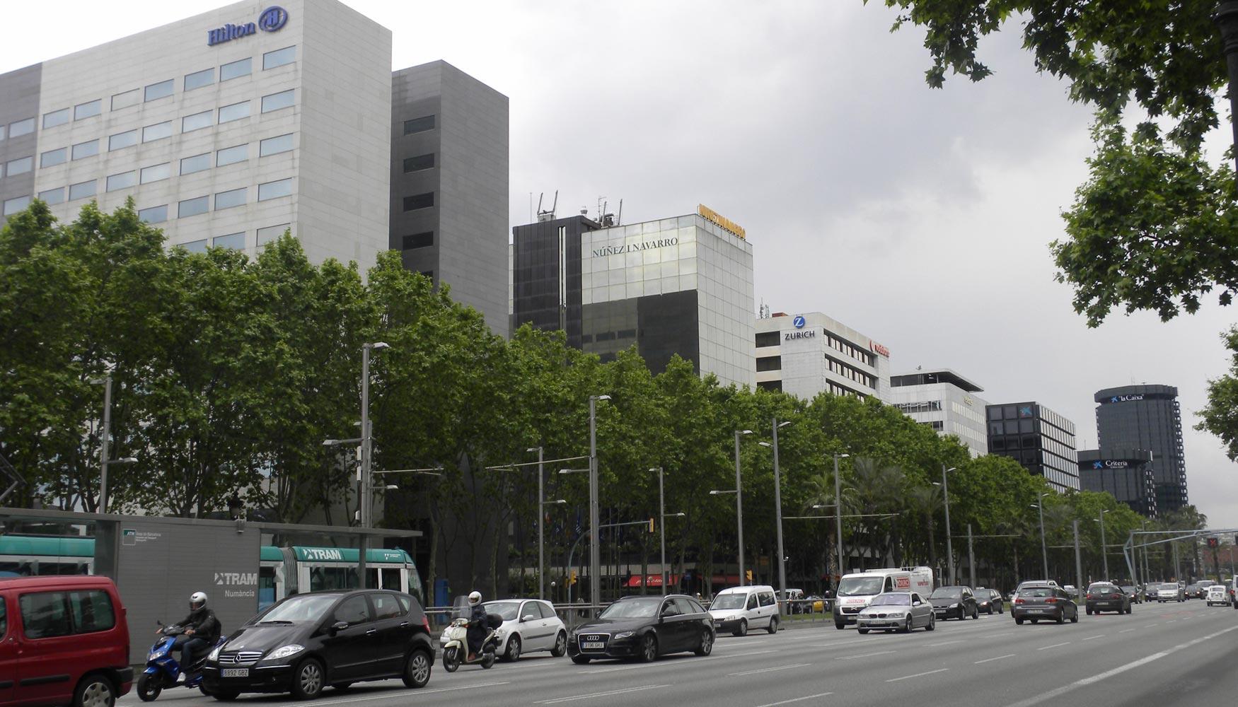 Centros de negocio alquiler oficinas madrid barcelona y for Oficinas de vueling en barcelona