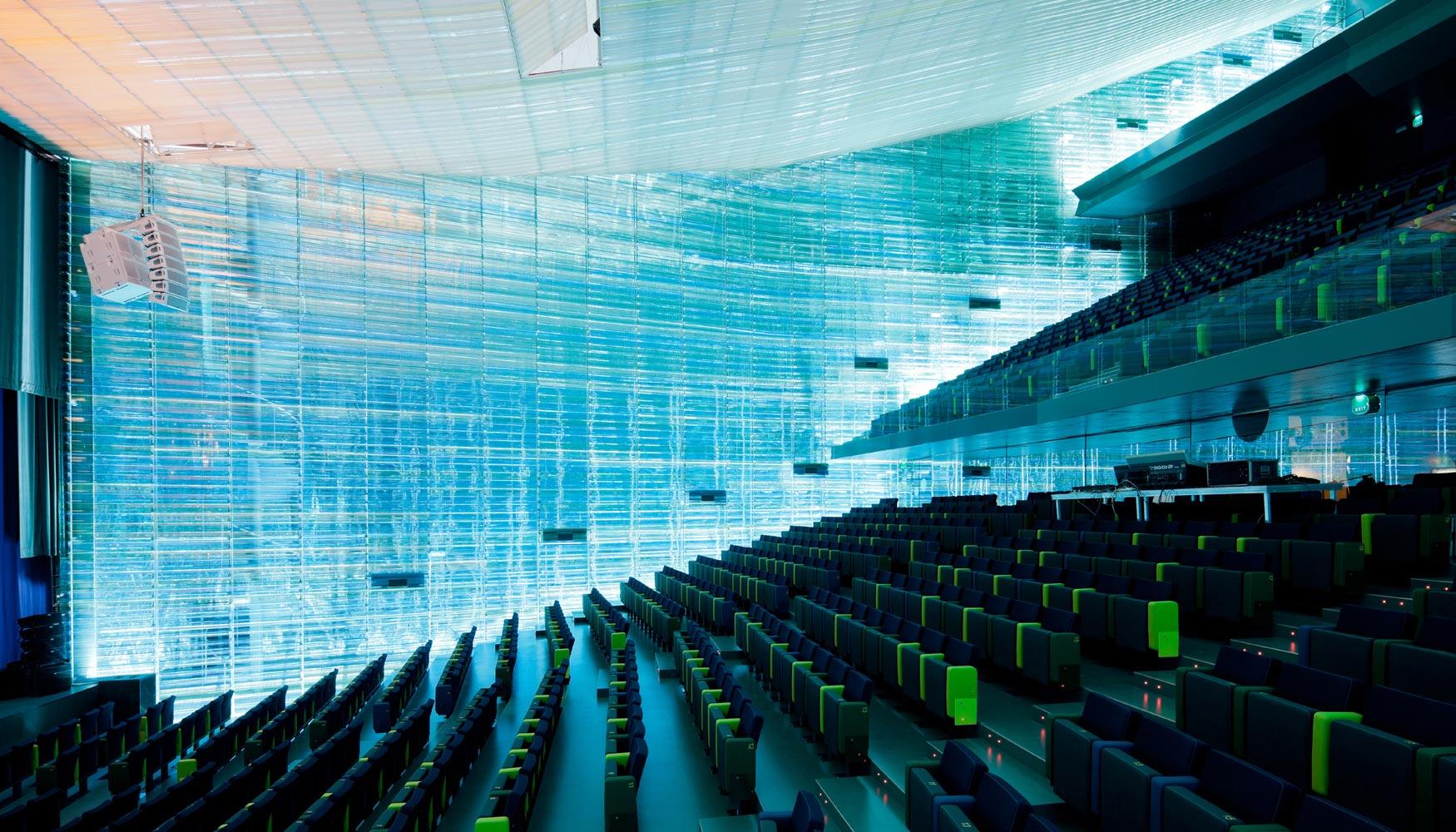 La resina Lexan de Sabic en el galardonado auditorio y palacio de congresos de Cartagena