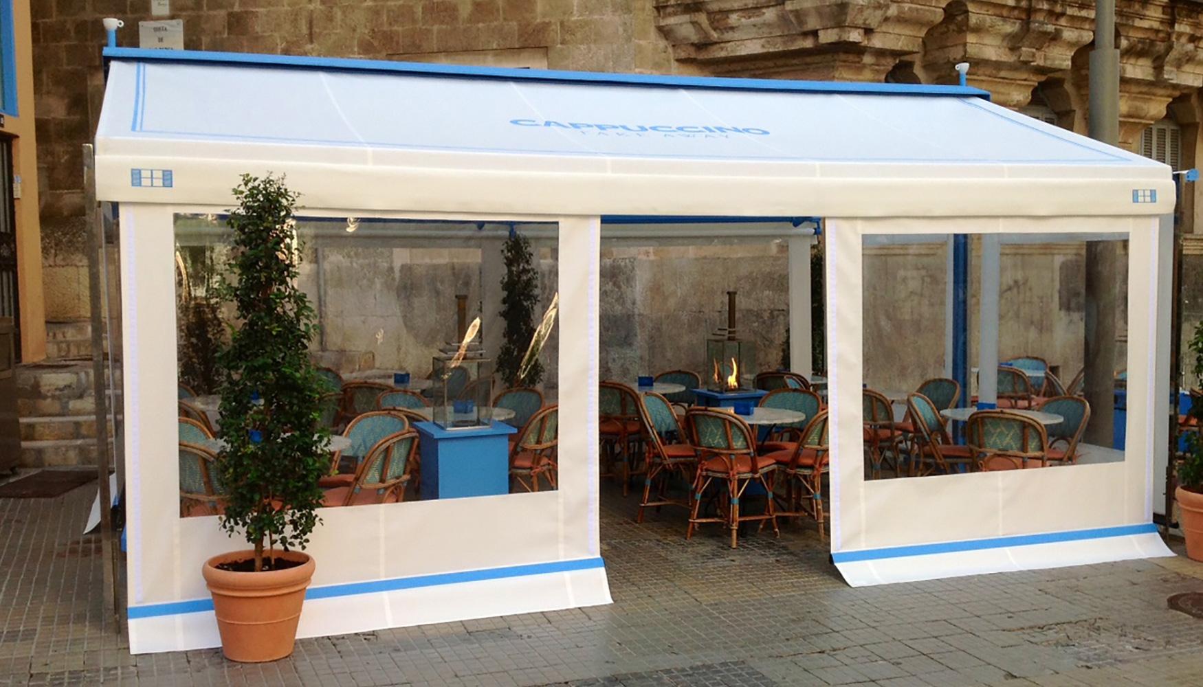 Toldos y parasoles de novelty para terrazas protecci n solar for Toldo lateral para terraza