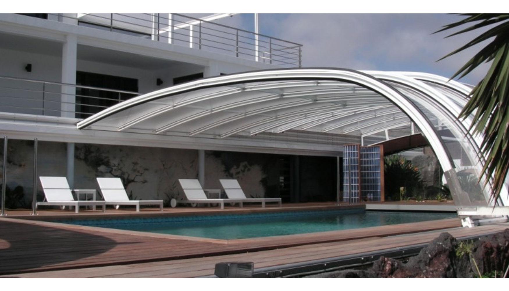 Cubiertas para piscinas de acmsa garant a de calidad y for Piscina quart de poblet cubierta