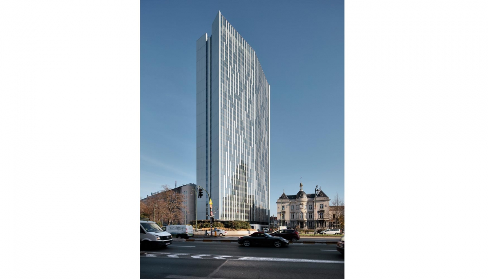 la torre astro es el edificio eficiente ms alto de europa con metros