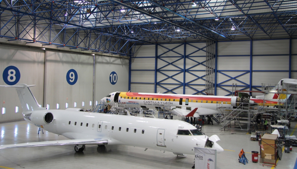 La Cadena Crítica permite reducir los tiempos de parada por reparación o mantenimiento de un avión optimizando la planificación de tareas, reestructurando las áreas de trabajo o reasignando el personal según cargas de trabajo.