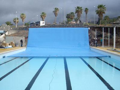 Menchaca instala mantas isot rmicas en las piscinas del for Polvo en la piscina