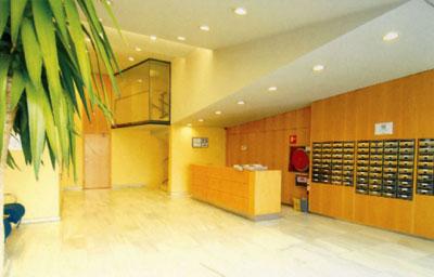 Abertis log stica gestiona el centro de equipamiento de la for Oficinas de trabajo temporal en barcelona