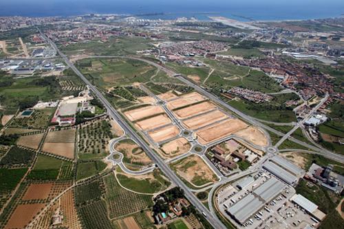 Servicio rubia pequeña cerca de Tarragona