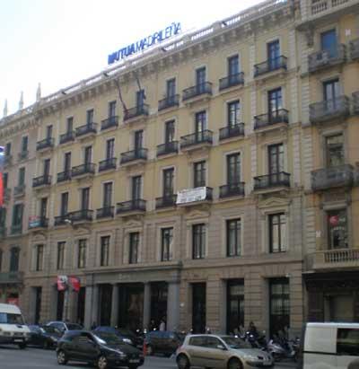 Suara cooperativa alquila sus nuevas oficinas de la mano for Oficina bicing barcelona