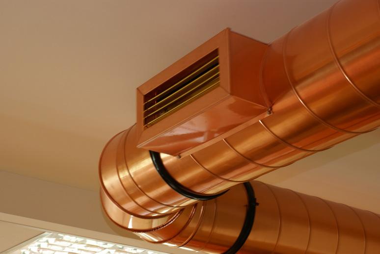 Seg n ee uu los conductos de ventilaci n de cobre son m s for Instalacion de aire acondicionado por conductos