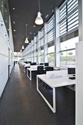 Bordonabe amuebla las oficinas centrales de grupo campezo for Grupo vips oficinas centrales