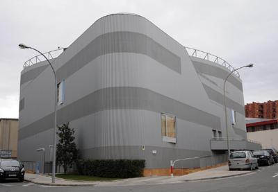 Edificio gonsi pont reixat polivalente y sostenible for Endesa oficinas barcelona