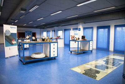 Uponor traslada su nueva sede a un edificio sostenible oficinas y centros de negocio - De sede showroom ...