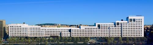 Ntt communications elige l 39 illa diagonal para instalar sus - Centro comercial illa diagonal ...