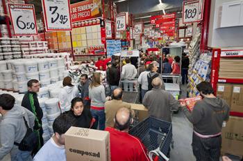 Brico dep t inaugura en montequinto su primera tienda en - Banco de trabajo brico depot ...