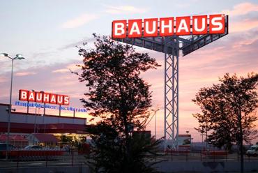 Bauhaus obtiene la licencia del ayuntamiento para for Bauhaus girona catalogo