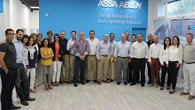 Foto de La red comercial de la zona Centro, Levante y Sur de TESA Assa Abloy recibe una formación en las nuevas instalaciones