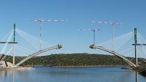 Foto de Ibergrúas participa en la construcción de dos grandes puentes para el AVE Madrid-Extremadura