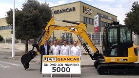Foto de Geancar Maquinaria entrega su máquina 5.000 de JCB