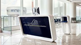 Foto de Hi-Macs para el Aeropuerto Internacional de Nápoles