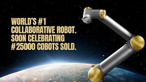 Foto de Universal Robots regala una exclusiva edición de oro de su mítico robot