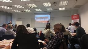 Foto de DuPont analiza cómo mejorar los procesos de seguridad en el trabajo