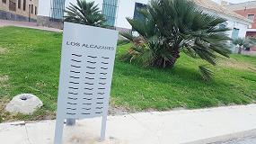 Foto de Martín Mena suministra 100 papeleras urbanas a Los Alcazares (Murcia)