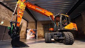 Foto de Nuevas opciones SVAB/Steelwrist instaladas en fábrica para la gama de cargadoras de ruedas Doosan