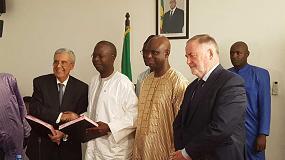 Foto de Senegal y el Consejo Mundial del Agua firman el acuerdo para organizar el 9º Foro Mundial del Agua, el primero del África Subsahariana
