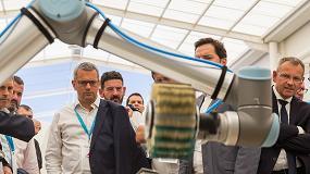 Foto de Faurecia Valencia R&D Center inaugura dos áreas de I+D con Universal Robots