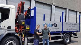 Foto de La empresa Viuda de W. Vila incorpora una grúa Fassi F105 para el transporte de materiales de construcción