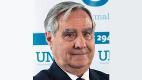 Foto de Carlos Esteban, reelegido presidente de UNE
