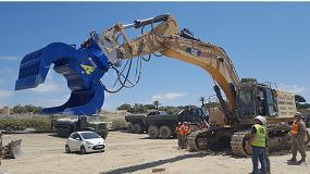 Foto de Arden Equipment entrega la pinza de manipulación S6002B en la Base Naval de Rota