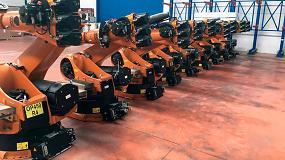 Foto de Más de 100 robots industriales de segunda mano en el stock de Robots Gallery