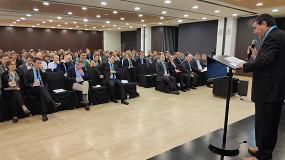 foto de ms de un centenar de asistentes a la v trobada de comissions i business