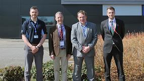 Foto de Una inyectora Duo Engel se utilizará para la investigación de composites en el NCC de Bristol