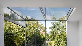 Foto de Con Planibel Easy, de AGC Interpane, la lluvia limpia las ventanas
