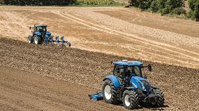 Foto de Números rojos en los registros de tractores y cosechadoras en Italia