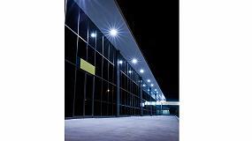 """Foto de Schréder lanza Indu Wall Pack e Indu Flood, """"idóneas para la iluminación de entornos industriales"""""""