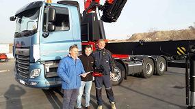 Foto de Palfinger Ibérica entrega la PK 110002 SH a Grúas y Placas Extremadura