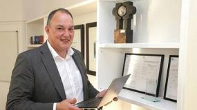 Foto de Tony Saunders, National Key Account Manager de AR Racking en el Reino Unido